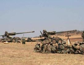 Philippines dùng pháo chính xác tấn công phiến quân