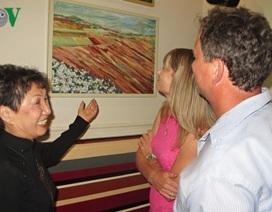 Ấn tượng triển lãm tranh của họa sĩ Việt với công chúng Séc