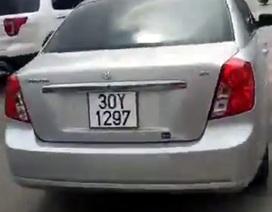 """Hà Nội: Nghẹt thở cảnh truy đuổi xe """"điên"""" như phim hành động"""