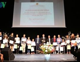 Vinh danh sinh viên, học sinh xuất sắc người Việt tại Séc