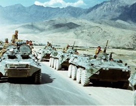 Bãi lầy chiến địa Afghanistan: Nước cờ mạo hiểm và sai lầm