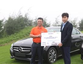 Danko Group trao tài trợ Hole in One cho gôn thủ xuất sắc