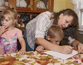 """Thạc sĩ ĐH Harvard: """"Giáo dục tại nhà không phải một giải pháp… bỏ cuộc"""""""