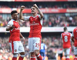 Đánh bại MU, ngôi sao Arsenal đại náo phòng thay đồ