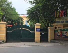 Giòi xuất hiện trong bữa cơm trưa của học sinh tiểu học ở Hà Nội