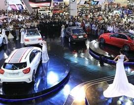 Ôtô giảm giá cực mạnh, dân Việt khoanh tay chờ như Campuchia