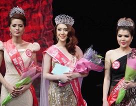 Ngẩn ngơ nhan sắc tựa mỹ nhân trong tranh của Hoa hậu Hoàng Kim
