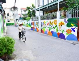 """Ngắm """"làng bích họa"""" đẹp mê mẩn ở ngoại thành Hà Nội"""