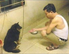 Phì cười nghe dân mạng kể chuyện khi say bố đòi bắt tay với... chó