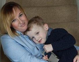 Bé 4 tuổi cứu sống mẹ nhờ biết gọi cứu thương
