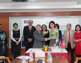 Bệnh viện Quốc tế Thu Cúc ký kết hợp đồng chuyên môn với đối tác nước ngoài
