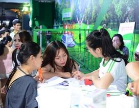 Phụ nữ Việt Nam cùng tham gia sống trẻ tại phố đi bộ Nguyễn Huệ