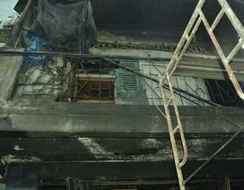 Chồng xông vào nhà đang cháy nhưng không thể cứu được vợ con
