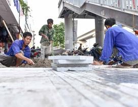 Hà Nội lát vỉa hè bằng đá truyền thống tuổi thọ 70 năm