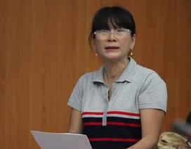 Phụ huynh trường ĐH Tân Tạo bật khóc cầu cứu Bộ GD-ĐT giúp rút hồ sơ cho con