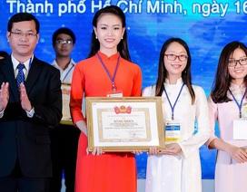 Người đẹp Hoa hậu Việt Nam giành giải Nhất sinh viên nghiên cứu khoa học
