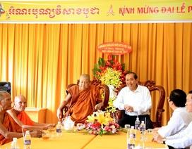 Phó Thủ tướng chúc mừng lễ phật đản tại Cần Thơ