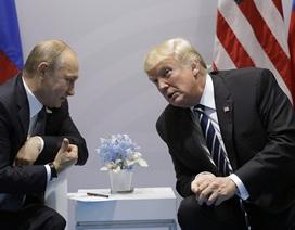 Điều gì khiến ông Trump và Putin tranh luận suốt 1 giờ đồng hồ?