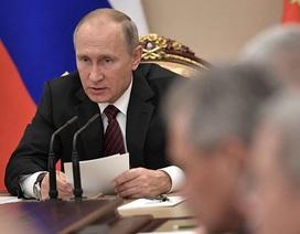 """Ông Putin bất an vì """"thế lực nước ngoài"""" thu thập ADN của người Nga"""