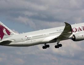UAE đóng cửa không phận, dừng dịch vụ bưu chính với Qatar
