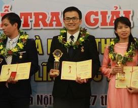 PGS trẻ nhất Việt Nam Trần Xuân Bách nhận giải thưởng Quả cầu Vàng