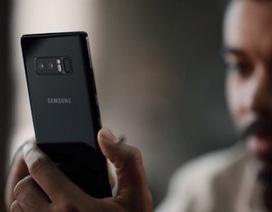 """Samsung tung video hài hước """"đá đểu"""" Apple và người dùng iPhone"""