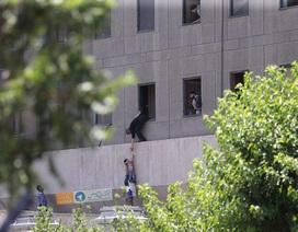 Trụ sở quốc hội Iran bị tấn công, 12 người chết