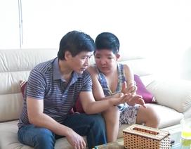 Nhà biên kịch Hồng Ngát trải lòng về tình cha con của NSƯT Quốc Tuấn
