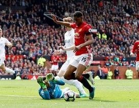FA thẳng tay phạt cực nặng những cầu thủ ăn vạ