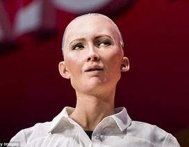 Không dừng ở quyền công dân, robot Sophia còn muốn lấy chồng, có con