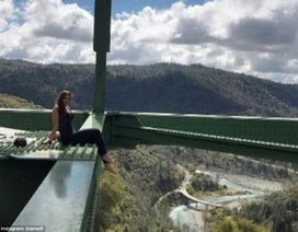 """Cô gái ngã từ độ cao 56m trong khi chụp ảnh """"tự sướng"""""""