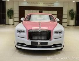 Xe Rolls-Royce màu hồng - Tại sao không?