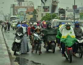 Sài Gòn bắt đầu mưa do ảnh hưởng bão số 16