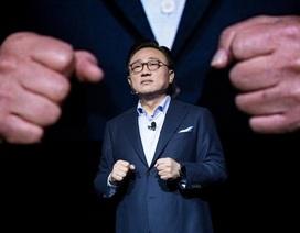 """Galaxy Note 8 ra mắt sớm, Apple """"hụt hơi"""" trong cuộc rượt đuổi?"""