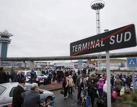 Cảnh sát Pháp bắn chết kẻ cướp súng tại sân bay lớn thứ 2 Paris