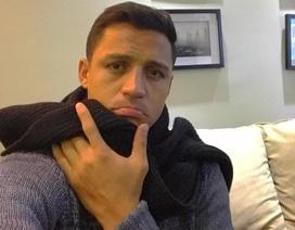 Alexis Sanchez cáo ốm, từ chối trở lại Arsenal