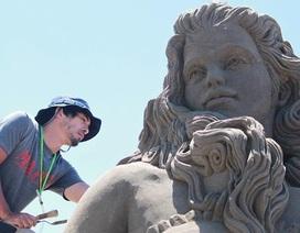 Choáng ngợp trước kiệt tác điêu khắc từ cát của nghệ sĩ Nhật Bản
