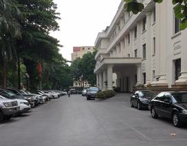 Chủ tịch tỉnh Sóc Trăng than không có xe riêng