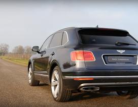 Xem Bentley Bentayga tăng tốc như siêu xe