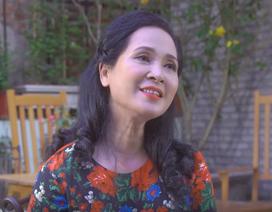 """""""Mẹ chồng"""" Lan Hương hát về Ngày của mẹ"""