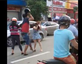 Va chạm giao thông, hành hung cả phụ nữ