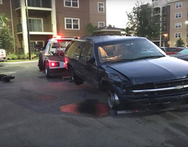 Đâm 17 chiếc ô tô do cố đỗ xe trong tình trạng say xỉn