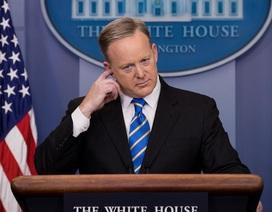 Tổng thống Trump hối hận vì chọn người phát ngôn Nhà Trắng?