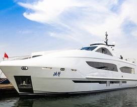 Đã mắt ngắm siêu du thuyền dài 38m của Jackie Chan