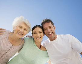 Ức chế sống chung với mẹ chồng: Hãy hiểu mẹ không còn nhiều thời gian nữa