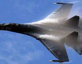 """Báo Hàn: Triều Tiên muốn mua """"huyền thoại"""" Su-35 của Nga"""