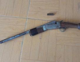 Phó chủ tịch Mặt trận xã dùng súng tự chế giải quyết tranh chấp