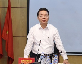 Bộ trưởng Trần Hồng Hà yêu cầu không tặng quà lãnh đạo dịp Tết 2017