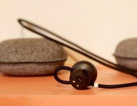 Các tai nghe Pixel Buds của Google có thể dịch tức thì