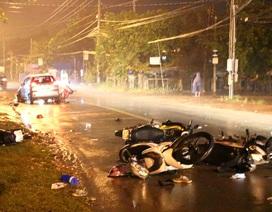 Ô tô đâm 6 xe máy, 5 người nhập viện